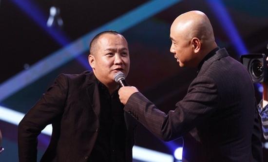徐峥宁浩在导演协会表彰大会上唱双簧
