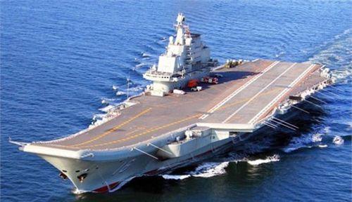原文配图:中国海军辽宁号航空母舰。