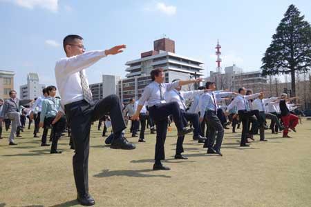 日本枥木县推出职场广播操。