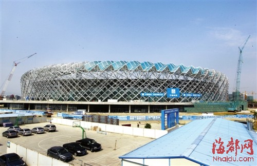 主体育场钢架工程已基本完工
