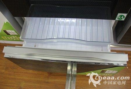 容声BCD-430WPMB/A冰箱下层冷冻室