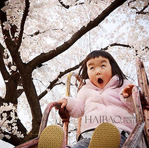 表情女帝大人 [点击图片进入下一页] 0 表情女帝大人   这个来自日本图片