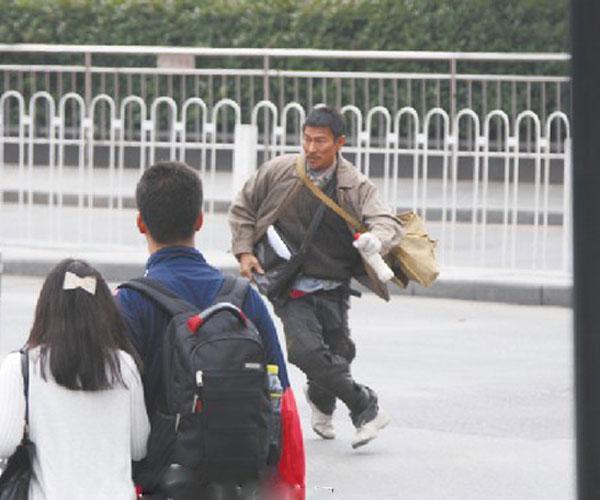 刘德华在南昌火车站拍摄电影