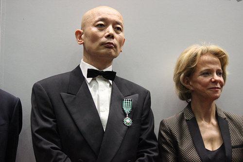 葛优和法国驻华大使白灵。