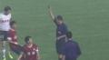 视频-场地湿滑张璐带倒对手 惨遭裁判红牌罚下