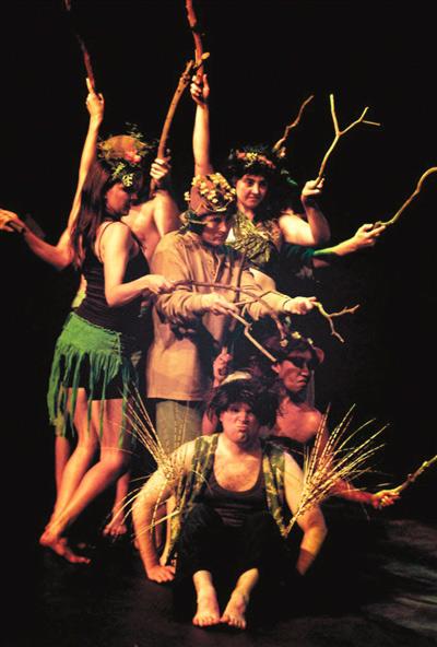 美国洛杉矶演员班剧团版《仲夏夜之梦》将展示美式幽默。
