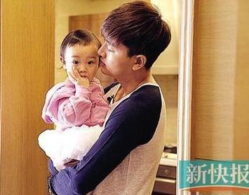 爸爸回来第一期_浙江卫视《爸爸回来了》:王中磊儿子首度曝光(组图)-搜狐传媒