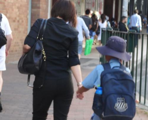 许多华人妈妈们在教育孩子方面花了很大精力。(澳洲新快网)