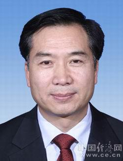 李希,男,1956年10月生,汉族,甘肃两当人,1982年1月加入中国共产党,1975年7月参加工作,大学,工商管理硕士。