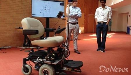 谷歌无人驾驶汽车已在道路正常行驶 高清图片