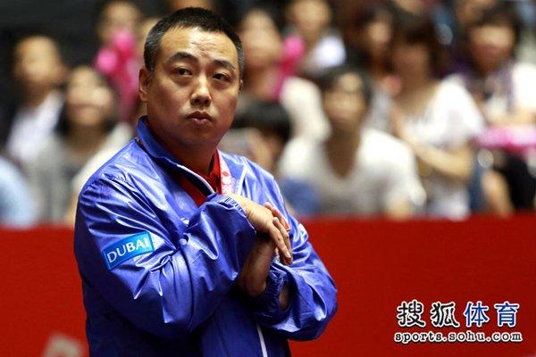图文:[世乒赛]中国男团晋级四强 主教练刘国梁