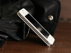 iPhone 4S 白色 侧面图