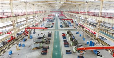 淮海实业集团机电装备公司液压制品分公司生产车间