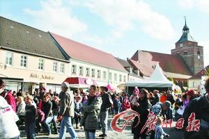 海德堡的芦笋集市。