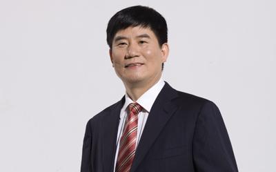 众泰控股集团董事长吴建中