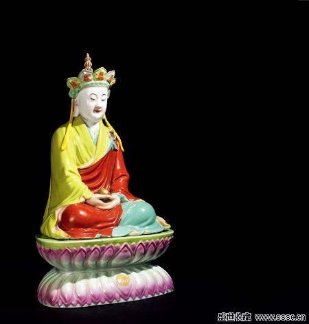 华辰/清乾隆粉彩雕瓷地藏菩萨像
