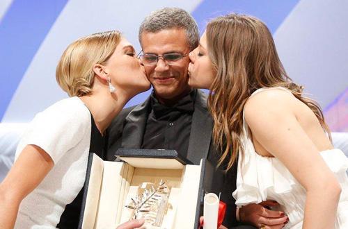 法国影片《阿黛尔的生活》夺得第66届戛纳电影节金棕榈大奖