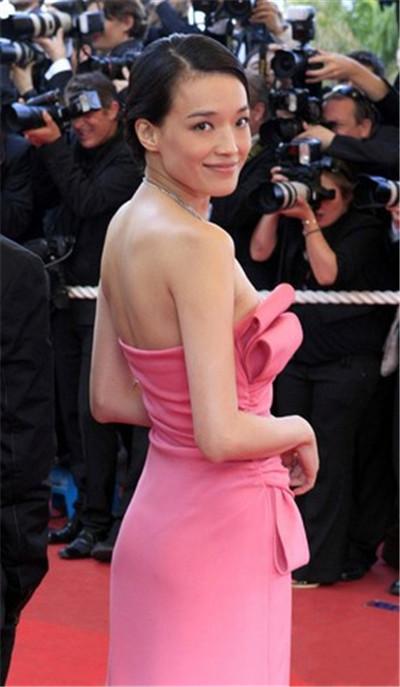 2009穿着62届戛纳电影节,礼服valentino的大全年第的舒淇穿越杜琪峰古代出席电影粉色图片