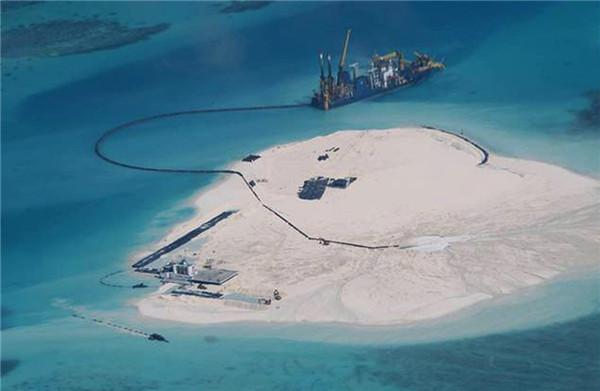 菲律宾公布中国南沙填海照片 面积达数十公顷