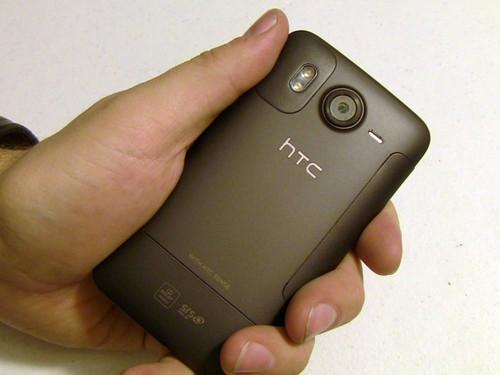 发力中低端 HTC A1/V2两款新机遭曝光