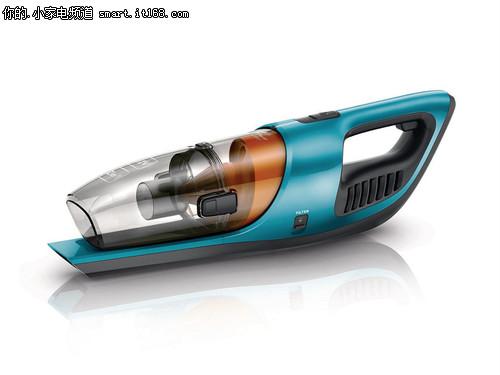 同时飞利浦还将立式和手持式吸尘装置二合为一,用户相当于同时拥有了一部立式吸尘器和一部便携式手持吸尘器。