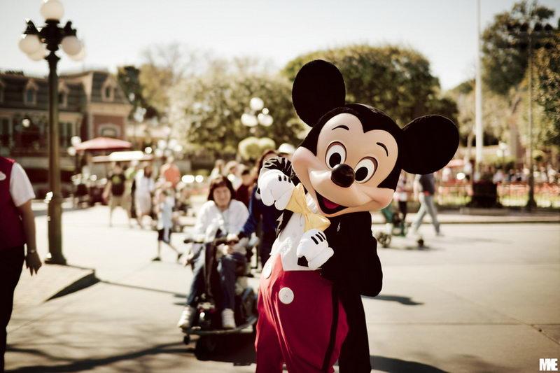 """迪斯尼卡通形象""""米老鼠""""86岁了"""