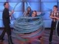 《艾伦秀第11季片花》S11E164 加拿大女孩狂转73呼啦圈夺冠