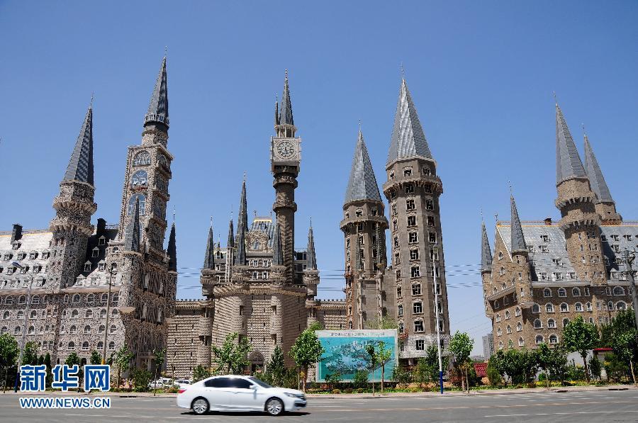 石家庄一高校建筑酷似《哈利波特》魔法学校引网络热议