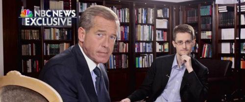 """日前,""""棱镜门""""曝光者爱德华・斯诺登首次接受了美国电视台的采访。"""