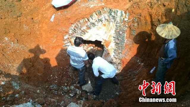 广西柳州发现明代嘉靖大臣墓葬群 已探明古墓3座