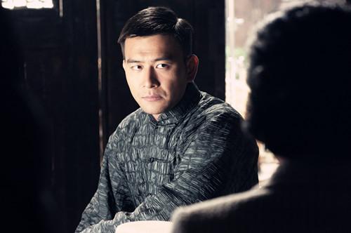 徐僧饰演的江文山是条硬汉