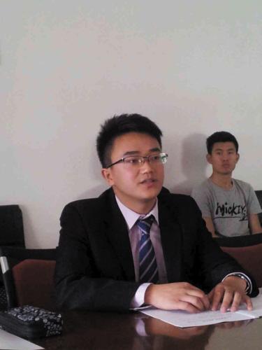 初中毕业后,骆启良曾想辍学打工图片