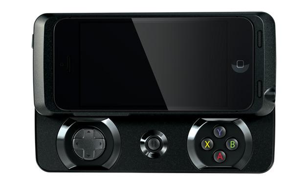 Razer推Junglecat侧滑iPhone游戏手柄