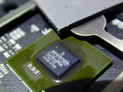 图:CPU(Broadcom47081芯片)