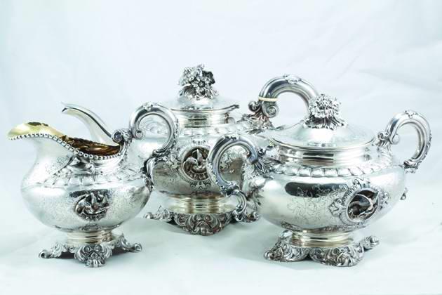 """此次,19世纪奥匈帝国手绘""""天使""""珐琅镶宝石纯银茶壶,20世纪欧洲"""
