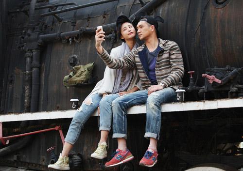 张歆艺携手《裁剪爱情》 正式亮相上海电视节图片