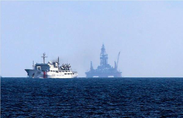 资料图:在相关海域执法的中国船只。