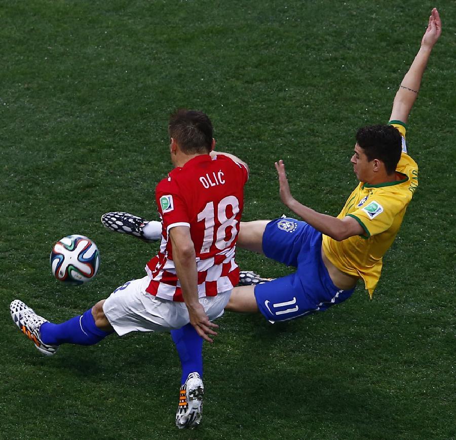 巴西世界杯日本裁判_(世界杯)(1)足球——揭幕战:巴西对阵克罗地亚(图)-搜狐滚动