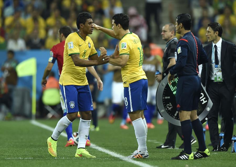 (世界杯)(1)足球——揭幕战:巴西队用出换人名额