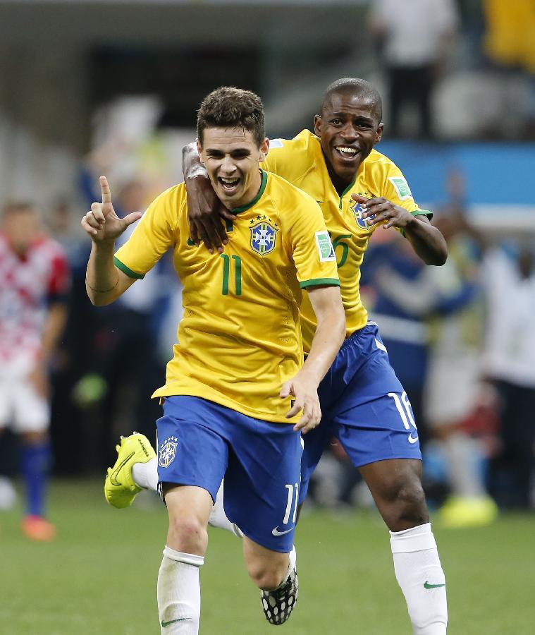 Ramires Santos Do Nascimento: (世界杯)(1)足球——揭幕战:奥斯卡攻入球队第三粒进球(图)-搜狐滚动