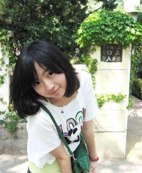 济南80后美女大学生出家 改名叫才真旺姆(组图