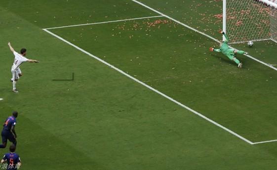 巴西世界杯荷兰5:1西班牙成功复仇 精彩进球瞬