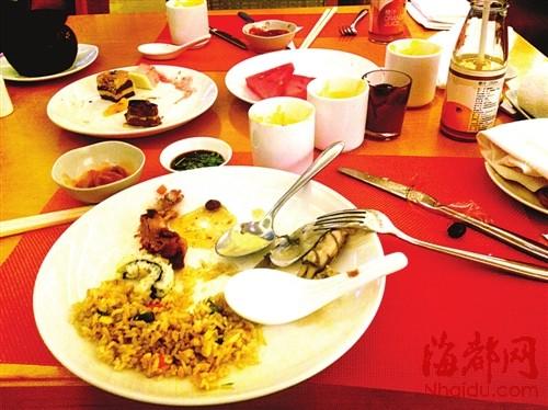 福州香格里拉自助餐 浪费依旧(组图)图片