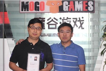 北京 王亮/北京魔谷互动科技有限公司CEO李震(左)是爱考拉首批爱心大使...