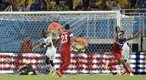 加纳vs美国交战记录_图文:美国vs加纳 布鲁克斯庆祝进球再次领先