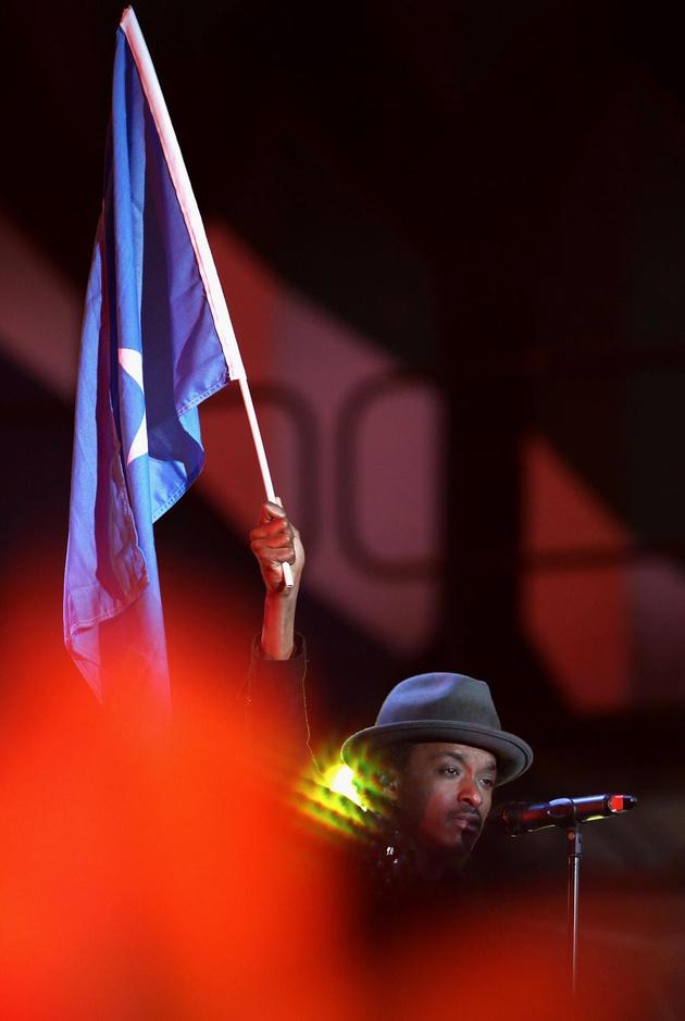 夏奇拉马汀炫动现场 盘点历届世界杯开幕式歌手