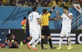 图文:日本vs希腊 卡楚拉尼斯累计黄牌下场