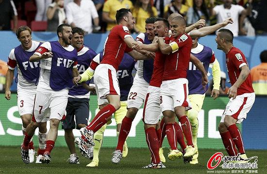 瑞士队神奇绝杀厄瓜多尔