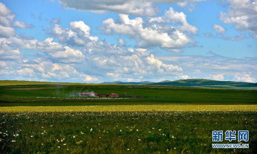 乌拉盖管理区位于内蒙古自治区锡林郭勒盟东北部,因乌拉盖河得名,地处