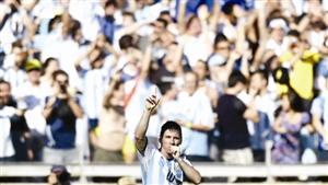 梅西庆贺胜利